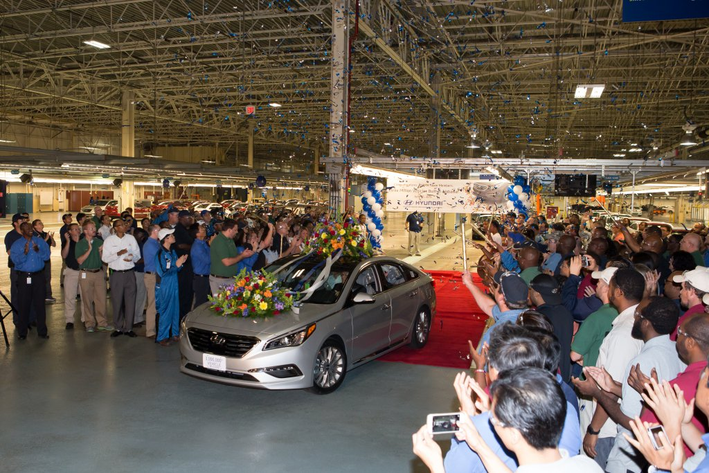 Hyundai motor manufacturing alabama reaches production for Holmes motor in montgomery al