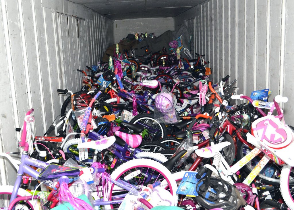 2011-toys-for-tots_11